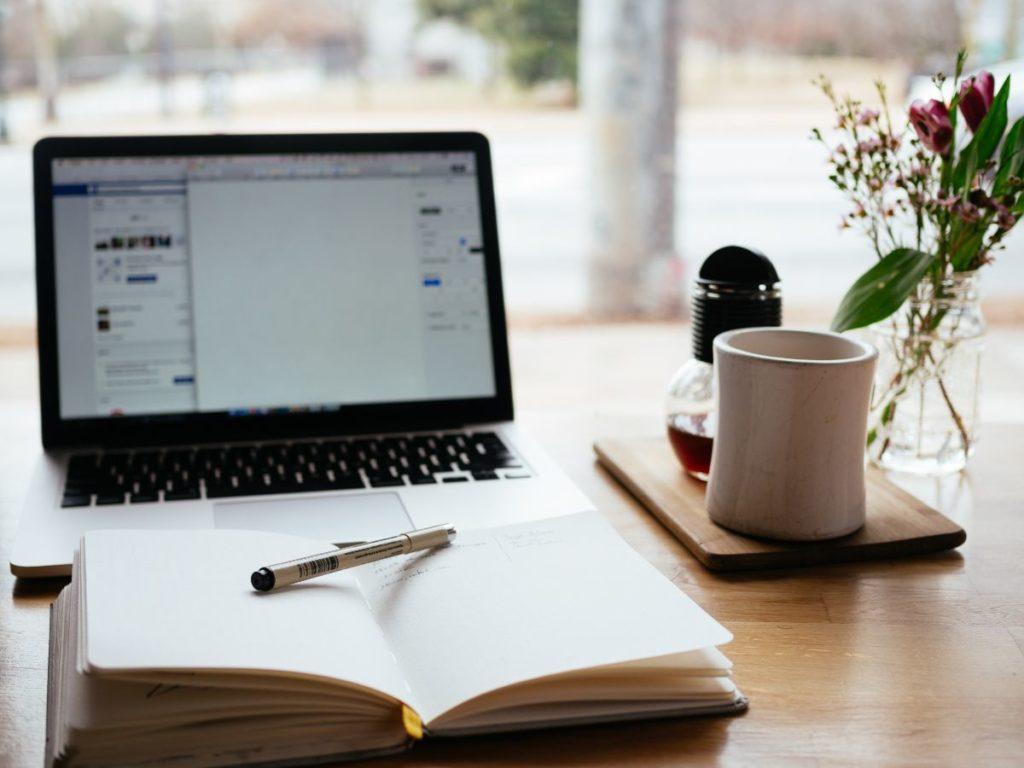 ブログの作業の様子